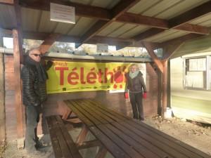 Dès Novembre, les banderolles du Téléthon étaient accrochées au club.